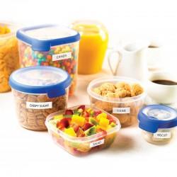 Etiquetas dymo Letratag compatibles pegadas en contenedores de plástico.